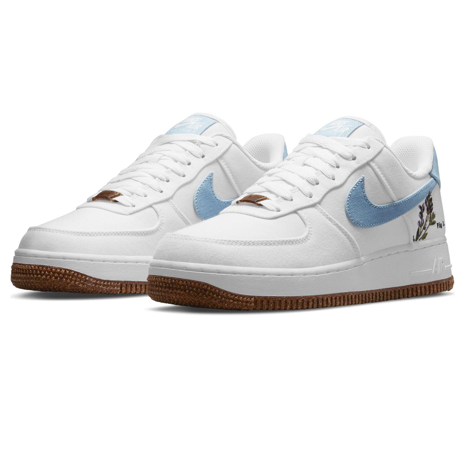 Nike Air Force 1 Wmns 1 07 SE